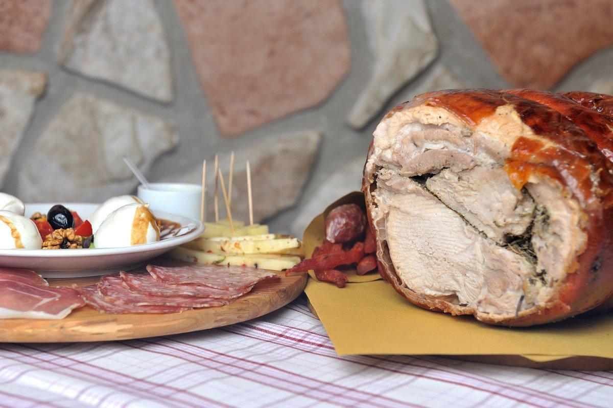 Porchetta IGP - Osteria Mastro Titta - La fraschetta nel cuore di Ariccia